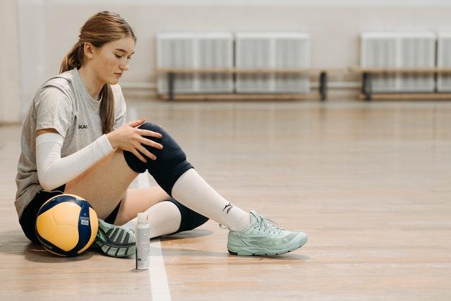 Schützen Sie Ihr Knie mit einer Kniebandage
